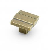 Cromwell, square knob