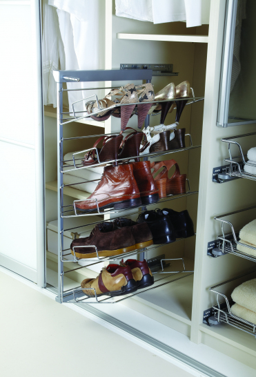 Soft closed pull-out 5 tier shoe rack