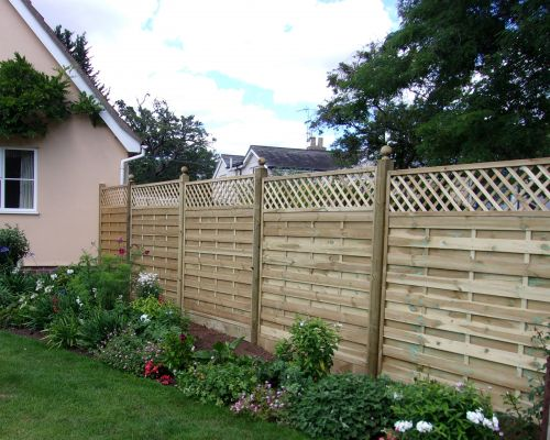 Dastra Panels with Trellis. Straight