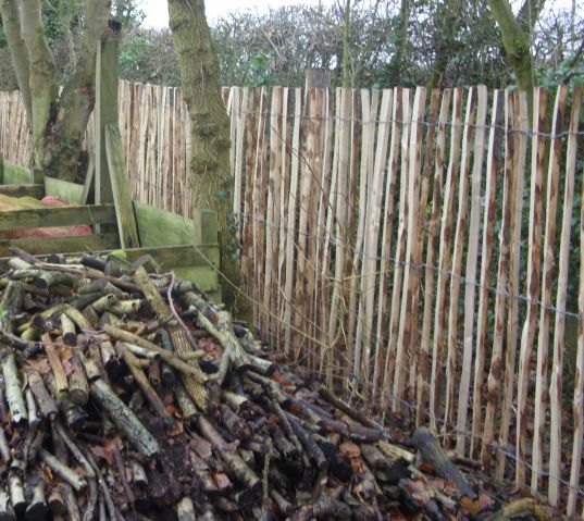 Chestnut pale fencing 1.5m high approx 50mm spacing on chestnut posts