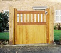 Woodbridge Gate