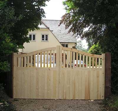 Stour gates in untreated timber