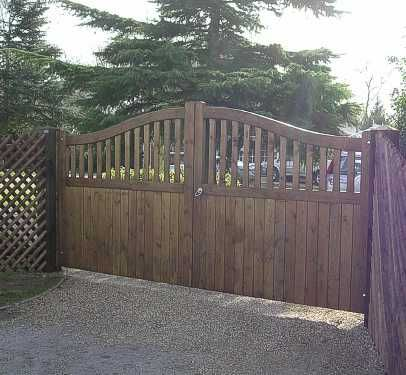 Stour gates finished by the customer