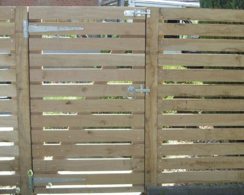 Horizontal Oak Gate