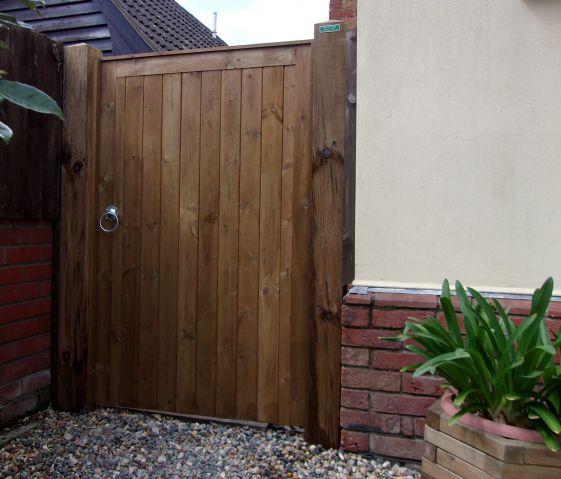 Glemham gate in Pressure treated Scandinavian redwood