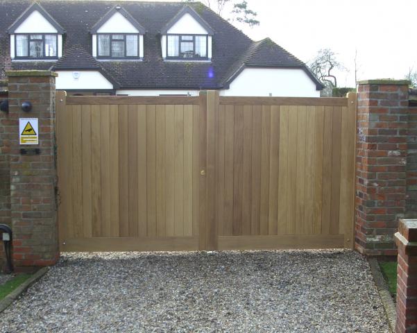 Hadleigh gates