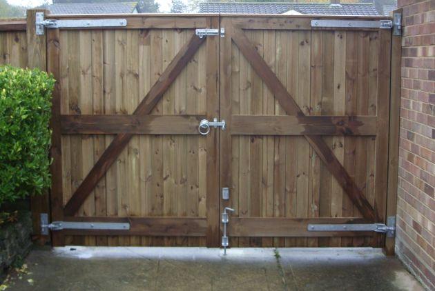 Glemham gates reverse in pressure treated softwood