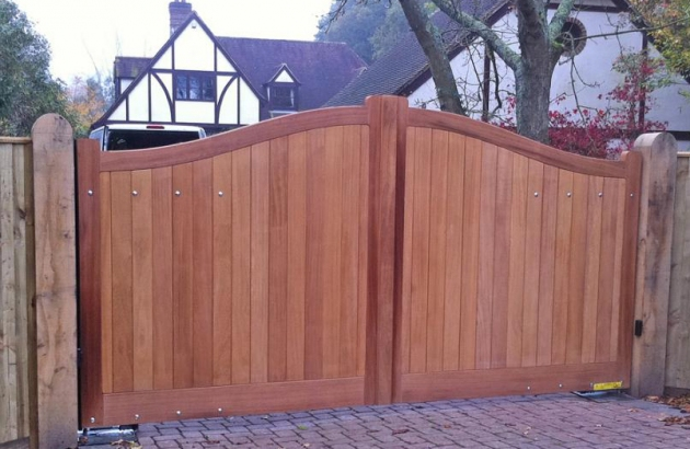 Needham |Gates in Iroko