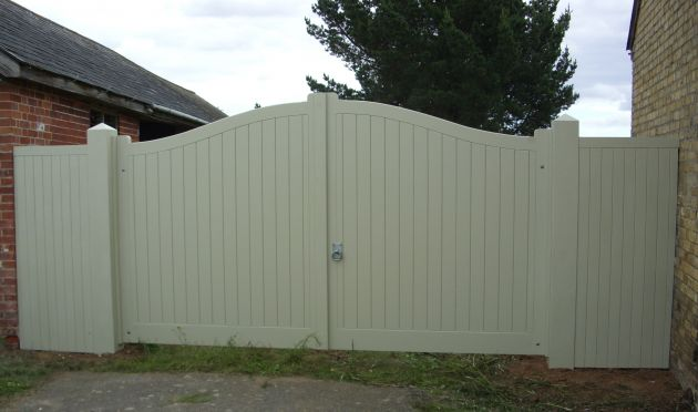 Needham gates painted with side panels