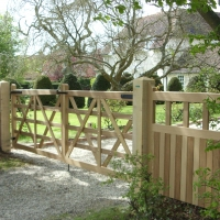 5 bar style Gates with side panels