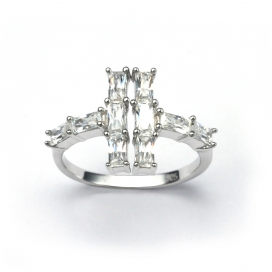 V Jewellery Lateral Ring