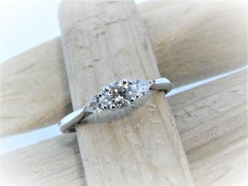 18ct White Gold 0.40ct Diamond 3 Stone Ring