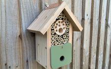 The Bee Barn