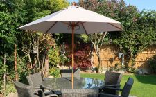 Light grey wood parasol | gardenature