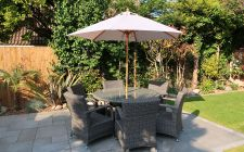 Wooden garden parasol | gardenature