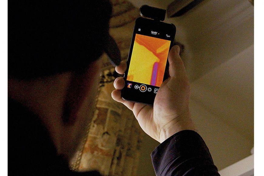 heat seeking device for phone