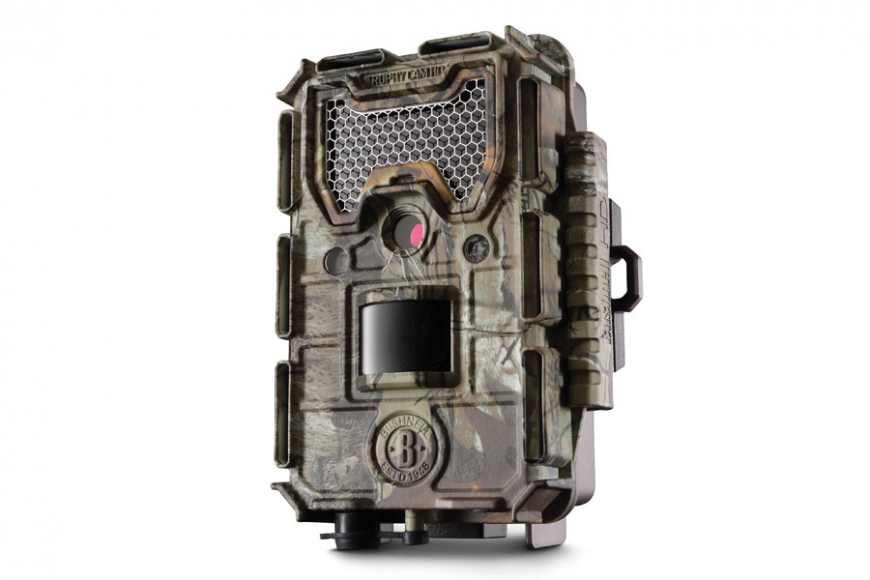 Trophy Cam HD Aggressor Camo Low Glow 24MP