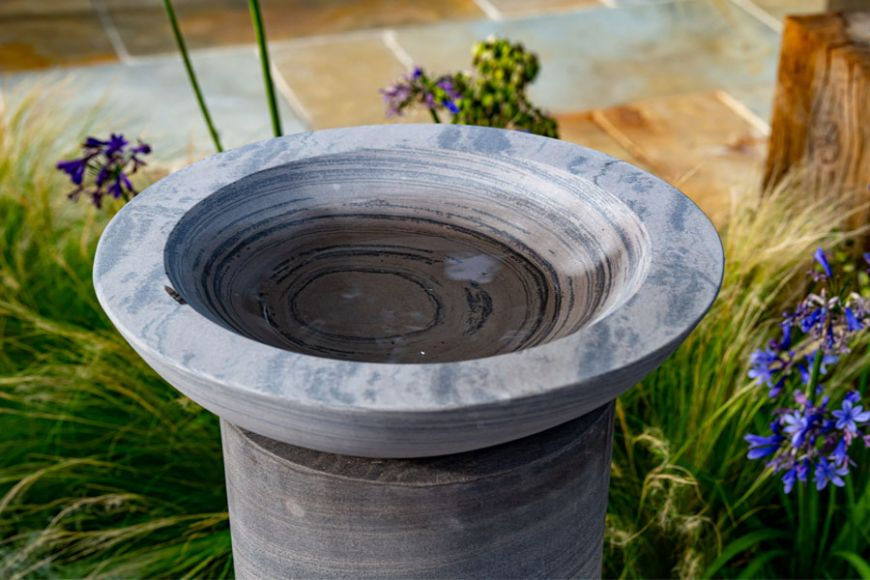 Acorn Bird Bath & Plinth - Shark Sandstone