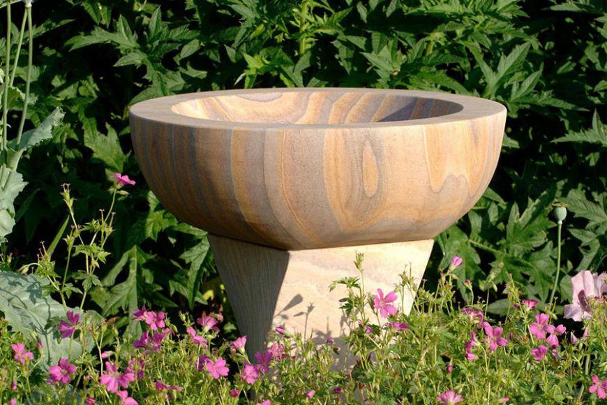 twist rainbow sandstone bird bath