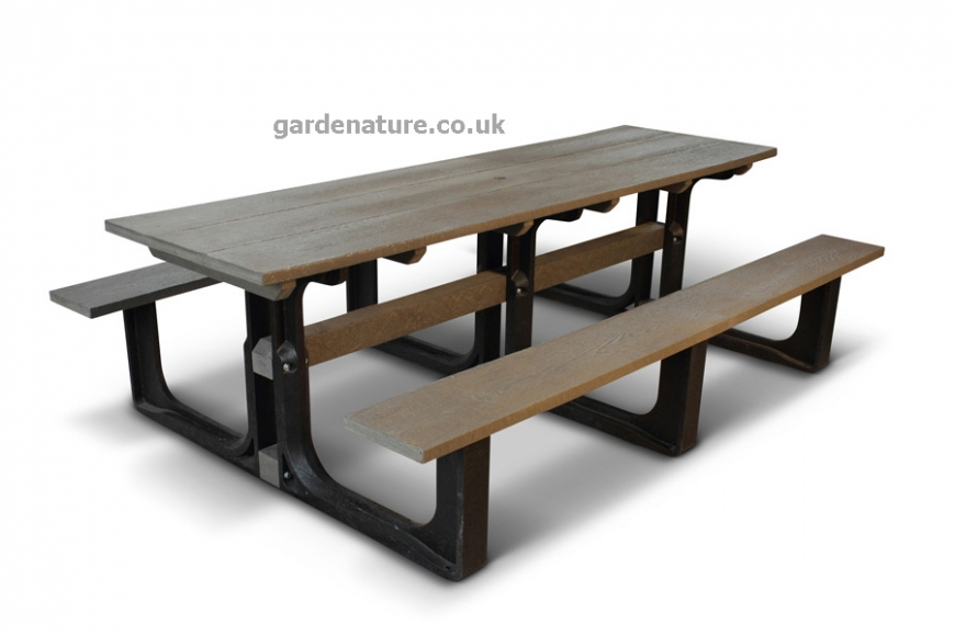 10 seat recycled picnic bench