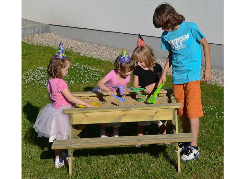 toddlers sandpit table