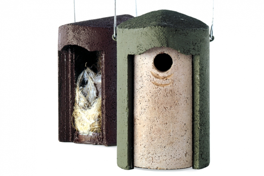 Schwegler tit box- gardenature.co.uk