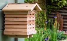 Solitary Beehive | gardenature.co.uk