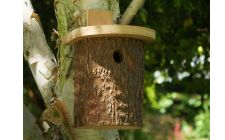 tree trunk nest box | gardenature.co.uk