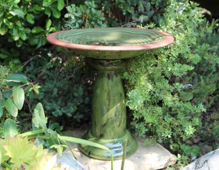 Bird Baths - Ceramic Bird Bath | Gardenature