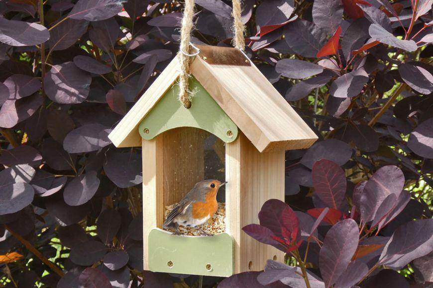 hanging bird feeder barn