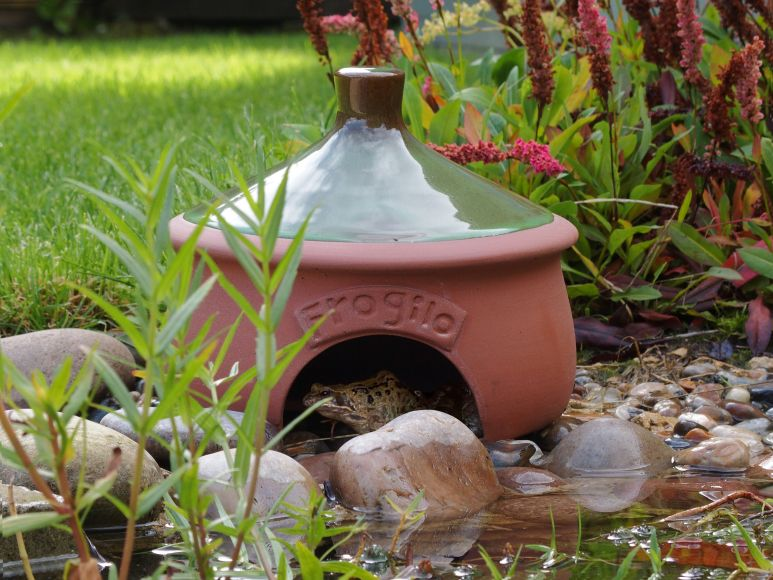 frogilo frog house | gardenature.co.uk