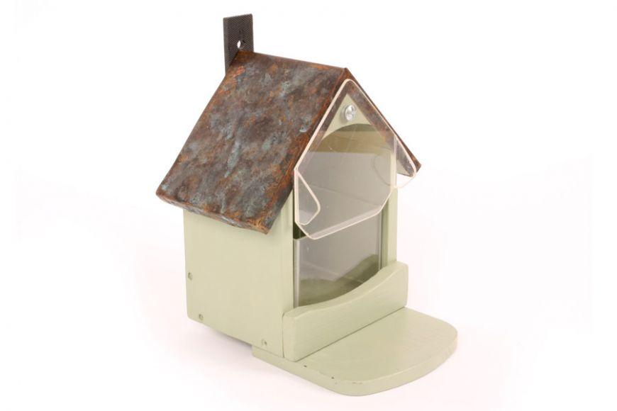 Craftsman squirrel feeder | Gardenature