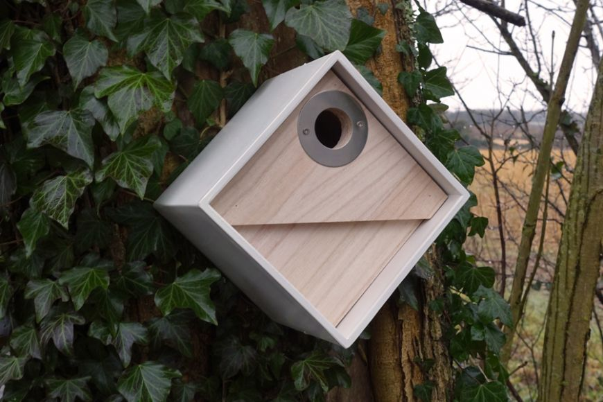 Urban bird box | gardenature.co.uk