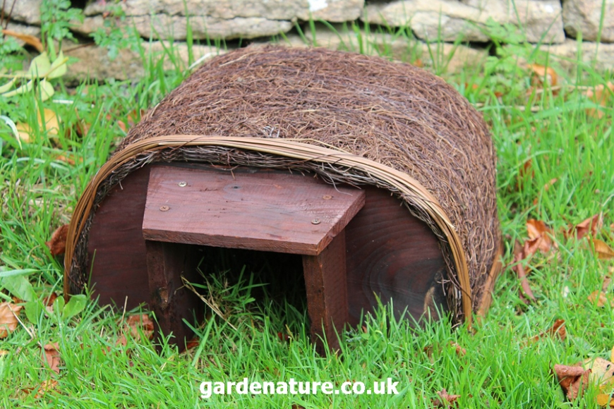 hedgehog haus | gardenature.co.uk