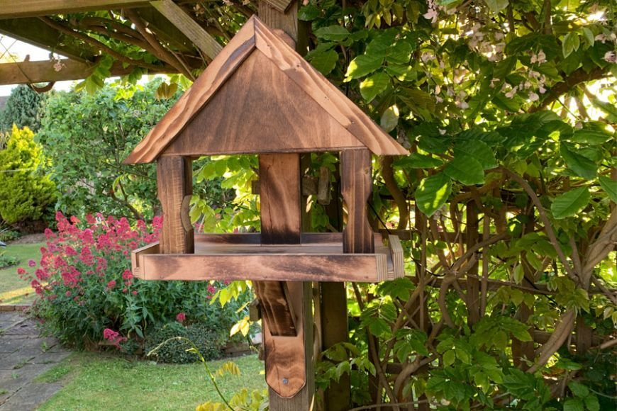 The Oakley Bird Table | gardenature