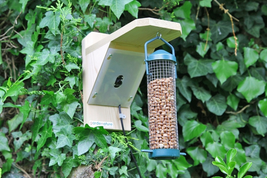 birdcam feeder -gardenature.co.uk