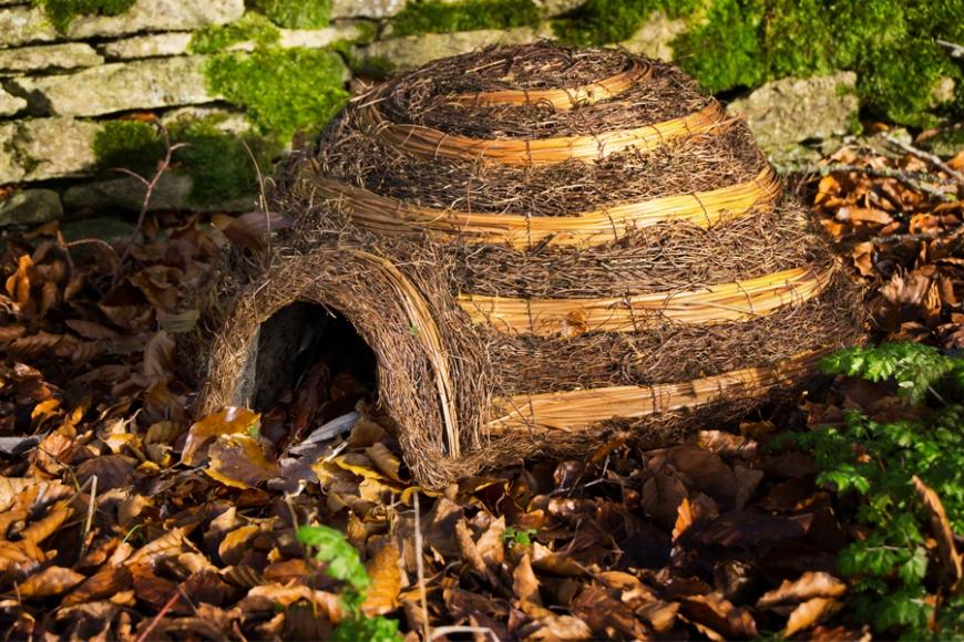 Igloo hedgehog home - gardenature.co.uk