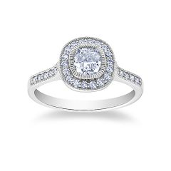 Savoy                                                       - Cushion Cut