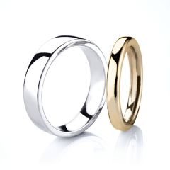 Classic Cushion Court Wedding Ring