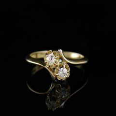 Vintage Diamond Cross-Over Ring