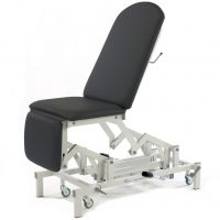 Medicare Multi Couch - Single Footrest