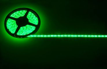Lyyt IP65 DIY LED Tape 5m Single Colour Green with Mains Power Adaptor