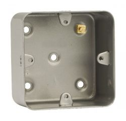CL085 1 Gang Mounting Box (As CL083 But Without Knockouts)