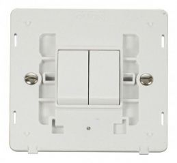 Scolmore Click Definity SIN012PW 10AX 2 Gang 2 Way Switch Insert White
