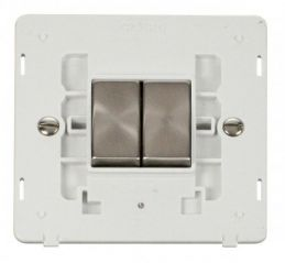 Scolmore Click Definity SIN412PWBS INGOT 10AX 2 Gang 2 Way Switch Insert White/Brushed Stainless