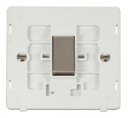 Scolmore Click Definity SIN425PWSS Ingot 10Ax 1 Gang Intermediate Switch Insert White/Stainless Steel