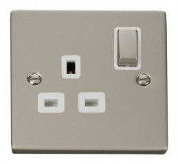 Scolmore Click Deco VPPN535WH 1 Gang 13A DP Ingot Switched Socket Outlet - White