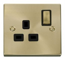 Scolmore Click Deco VPSB535BK 1 Gang 13A DP Ingot Switched Socket Outlet - Black