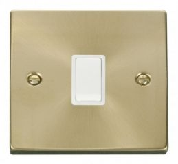 Scolmore Click Deco VPSB622WH 20A 1 Gang DP Switch - White
