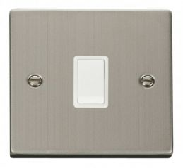 Scolmore Click Deco VPSS622WH 20A 1 Gang DP Switch - White